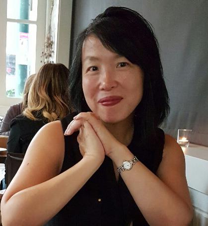 photo of Evelyn Lau